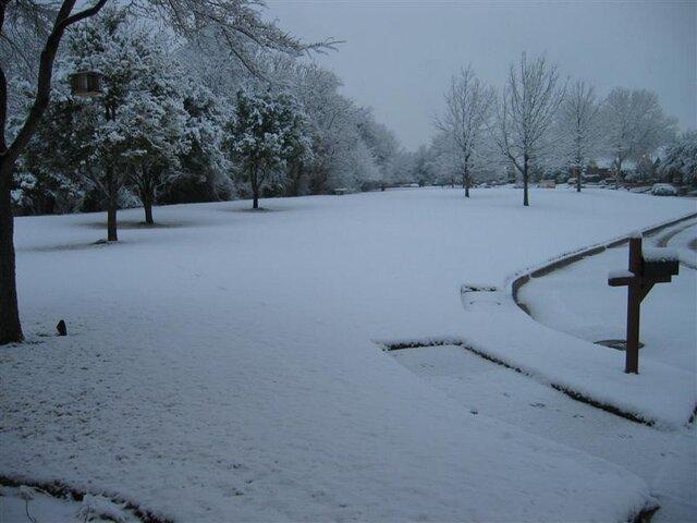 SnowSucks1.JPG