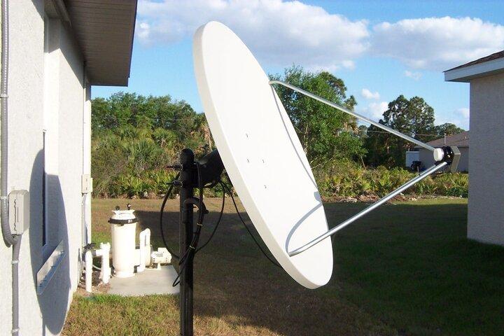 Satellite 003.jpg