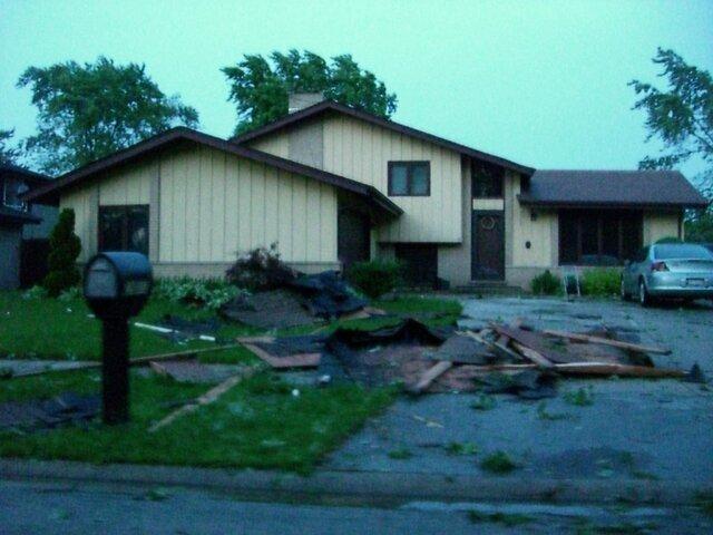 zoo and tornado damage 105.jpg