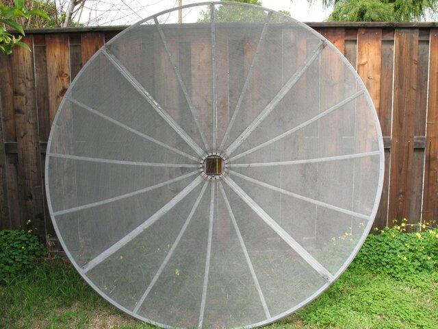 7.5ft C Band dish 013.jpg