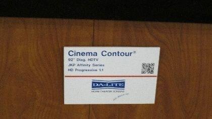 DA-LITE Cinema Contour p.JPG