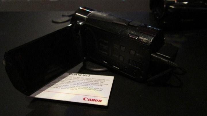 Canon Vixia HF MS 2.JPG